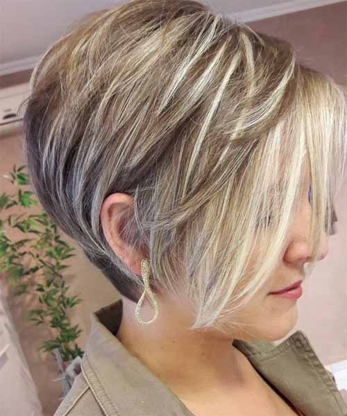 Ear Lob Bob Hairstyles 2018 Chunk Of Styes Hair Styles Short Hair Styles Graduated Bob Hairstyles