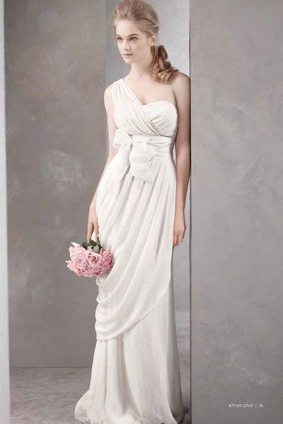 15 Gorgeous Gowns Under 1000