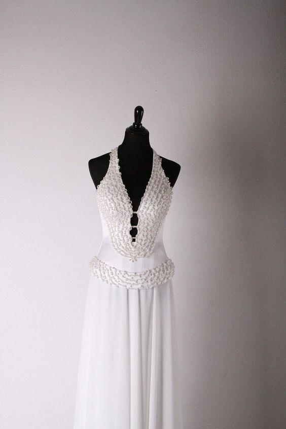 Exclusive wedding gowns of designer Victoria Falkovich. Photo: Valery Dashevsky VICTO WEDDINGS Wedding and Evening Dress fashionable design Exclusive Netanya, Israel Smilanski srt.4 0546277641, 0506847608 0773241124 http://www.israel-weddings.com/