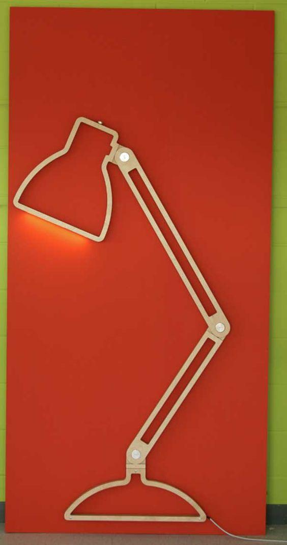 lámpara lamp flexo diseño design madera wood decoración decoration rojo red miraquechulo