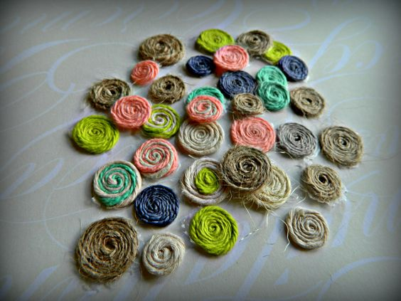 Decorative pieces for fabric beads