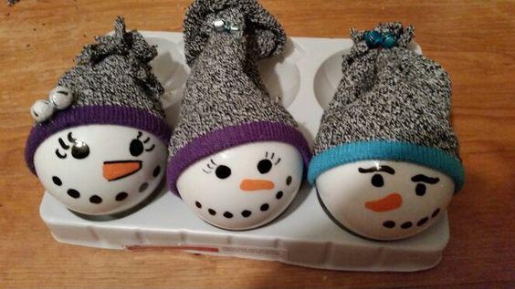 Supplies  °toodler knee high socks °ribbon °oil based sharpie °Orange and white acrylic based paint °extra small jingel bells