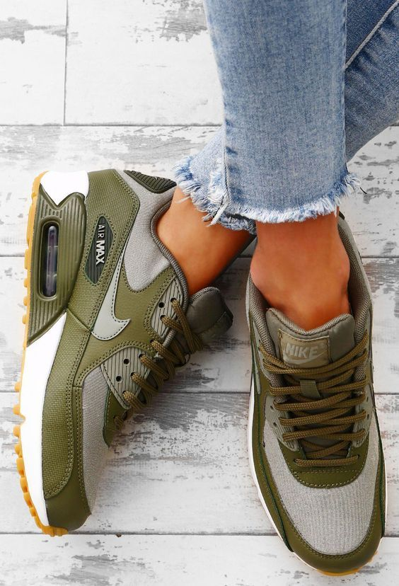 20 Everyday Shoes To Not Miss Today