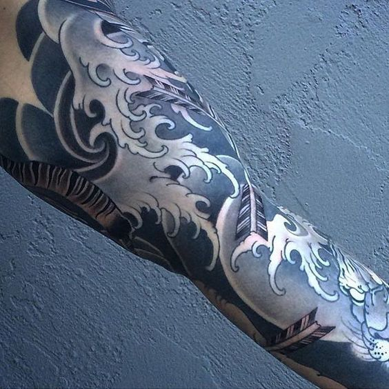 tattoo by @billcanales Crash wave #tattoo by japanesecollective