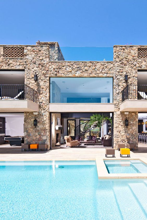 Lovely use of stone in a contemporary fashion
