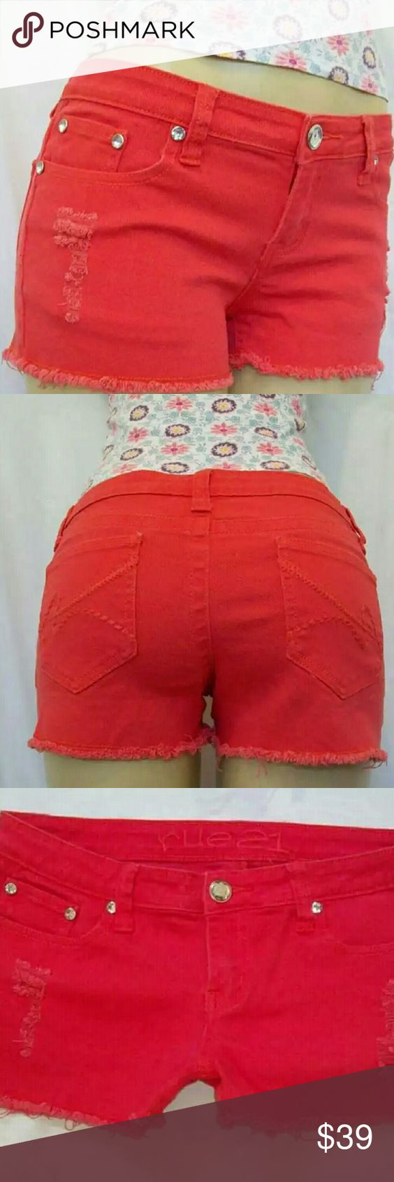 RUE 21 , DENIM CORAL DISTRESSED JEAN SHORTS NWOT DISTRESSED CIRAL COLORED SIZE 7/8 Rue 21 Shorts Jean Shorts
