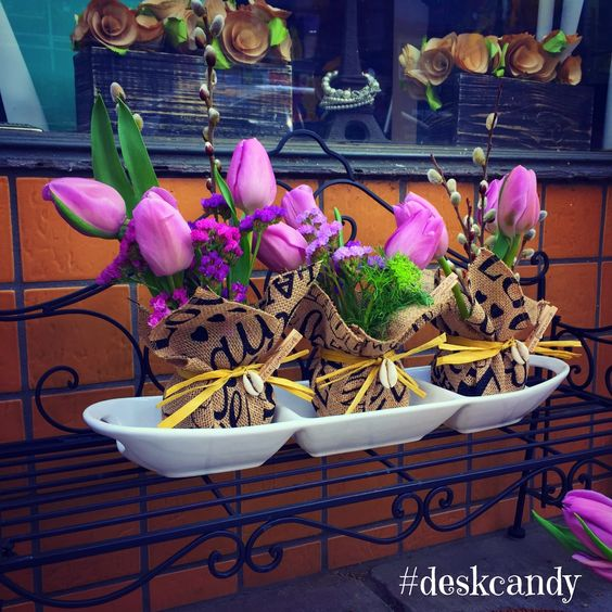 march 2015 / lavender spring tulips | #deskcandy