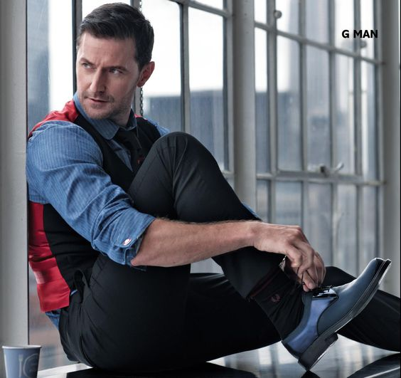 Seriously fucking obsessed. #richardarmitage. This outfit should look stupid, but nope. Sexy.
