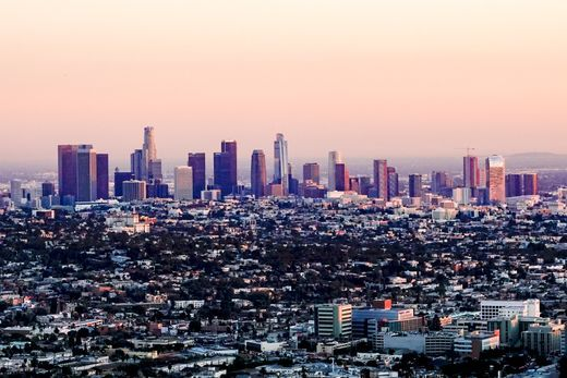 Photo Tour From The Beaches To The Hills See The Best Of Los Angeles In One Day Los Angeles Skyline Los Angeles Travel Photo Tour