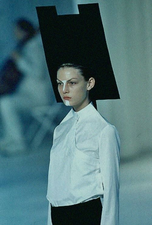 Hussein Chalayan ss 1998
