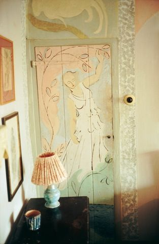 The Charleston House. Hand-painted screens, doors and fireplaces, hand-embroidered cushions...