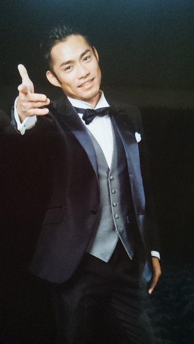 タキシードの高橋大輔さん