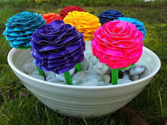 DIY Colorful Duct Tape Flower Pens   101 Duct Tape Crafts