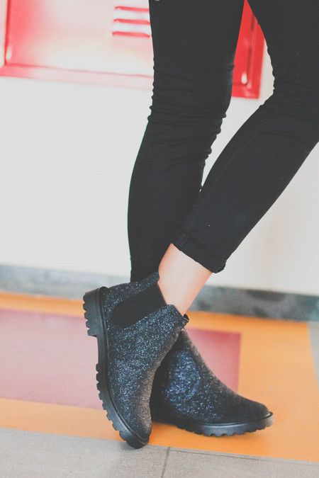 Chelsea boot - Glitter black - YELLOW FACTORY: