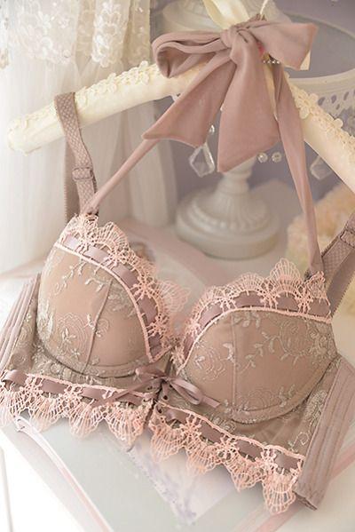 frillylacylove:  ♡ pinky queen bra♡