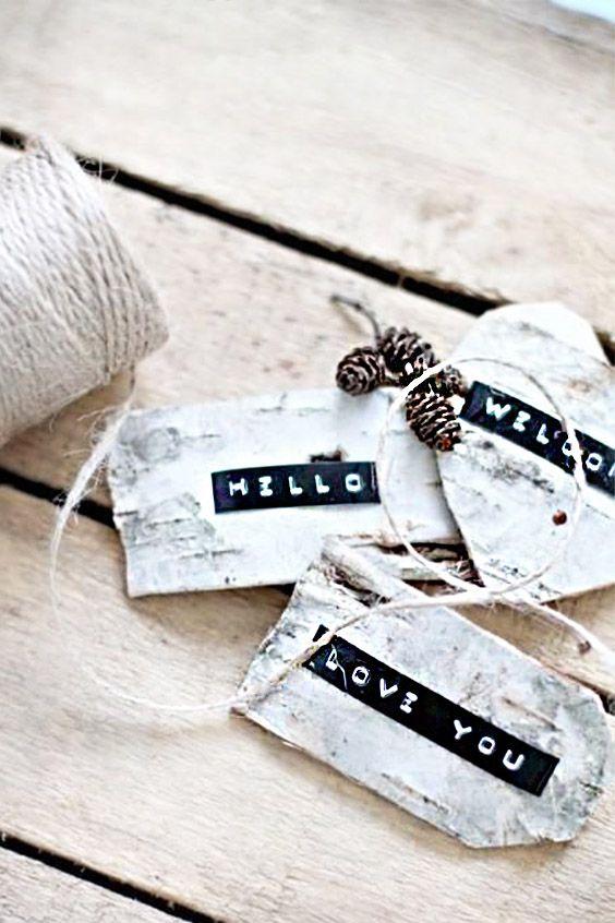 White on black embossing sticker!! Look so pretty! Dymo label maker stickers on shower bottle DIY! #labelmaker #dymolabelmaker #dymo #diy #homedecor #organization #labelling #markurlife #labeltape #tag #oldschool #namelabel #nametag