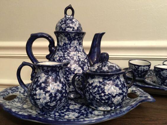 Juego de té azul y blanco por SouthernCuriosity en Etsy