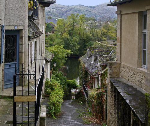 Correze, France (by jeanpierreossorio)