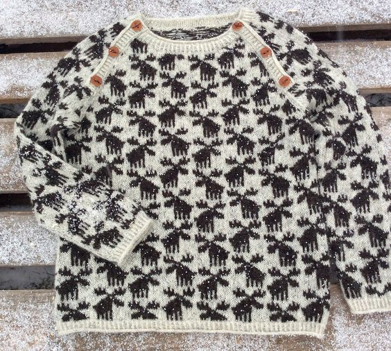 Moose Sweater pattern by Lone Kjeldsen | Moose, Child and Models