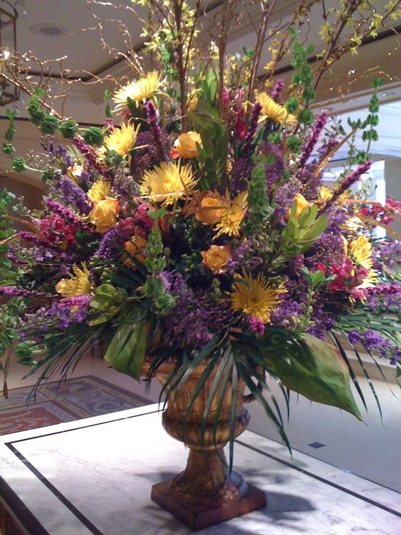 Floral arrangement at the royal sonesta new orleans la