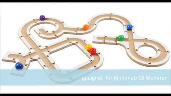 Tolle Kugelbahn für Kinder ab 1 Jahr bzw. Kleinkinder/ Toddler. Made in Germany aus Buchenholz.  Die Kugelbahn besteht aus 28 Teilen mit Steckverbindung und 7 Kugeln in den Farben des Regenbogens.  Die Kugeln haben einen Durchmesser von 5 cm. Es sind die Kugeln der Spielgabe 2 nach Froebel.  Kugelbahn im Shop: http://www.friedrich-froebel-online.de/shop/kugelbahn/