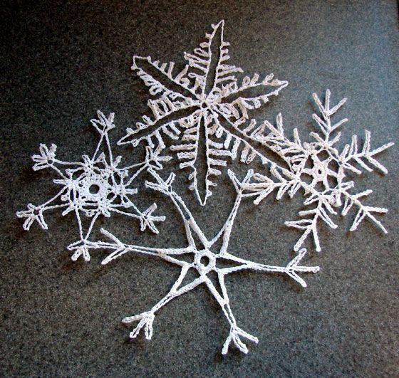 Snowflakes, Crochet snowflakes and Crochet on Pinterest