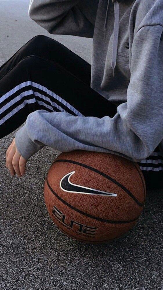 In 2020 Basketball Wallpaper Basketball Sports Basketball
