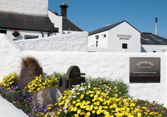 Destillerie Bowmore auf der Insel Islay