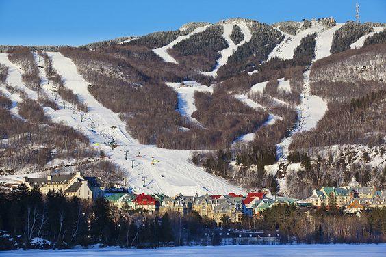 Le domaine de ski du Mont-Tremblant, avec ses pistes exceptionnelles et son village enchanteur :