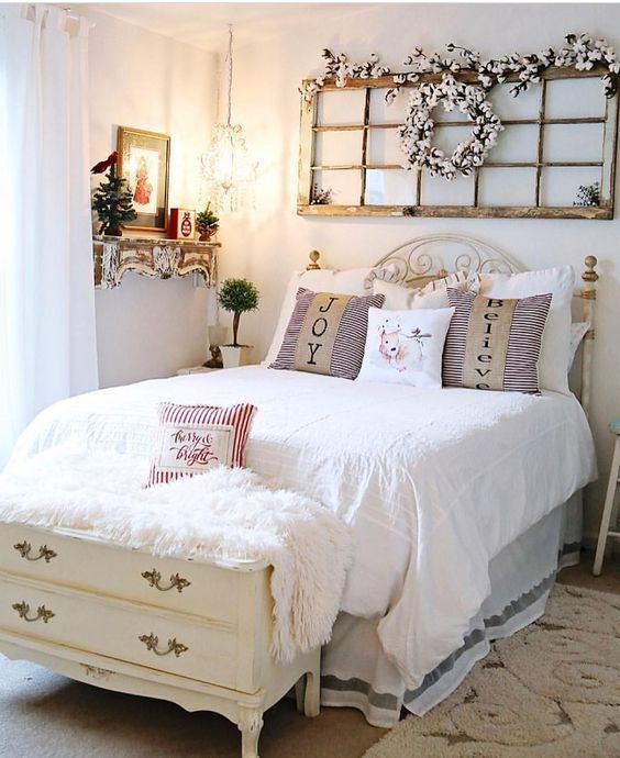 The Christmas Farmhouse Style Bedroom Ideas 33 Farmhouse Bedroom Decor Shabby Chic Master Bedroom Chic Master Bedroom
