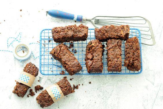 De betere brownies om te trakteren. Geheim ingrediënt: courgette. Surprise! - Recept - Allerhande