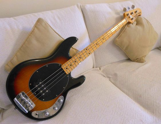 Sterling RAY34ca Bass | Musicman | Review | InfinityBass.com
