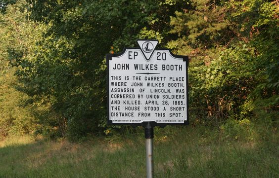 Marker noting the spot where John Wilkes Booth was found and then killed by Union troops.