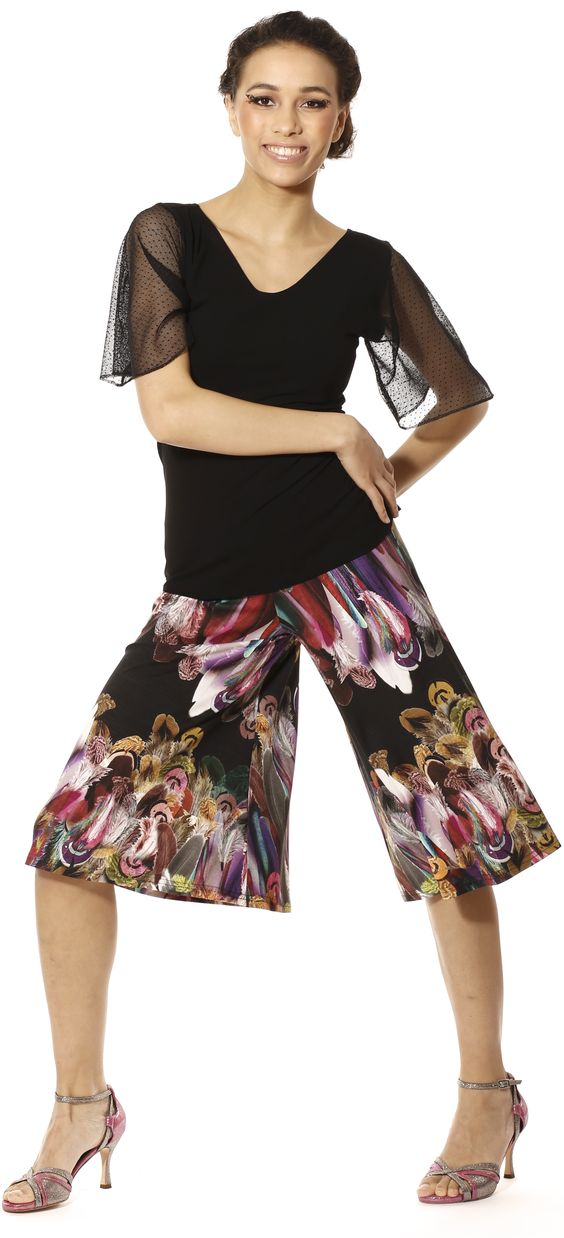...so many Milongas, such a world of fashion choices... #Tango, #TangoBerlin, #TangoFashion, TangoClothes