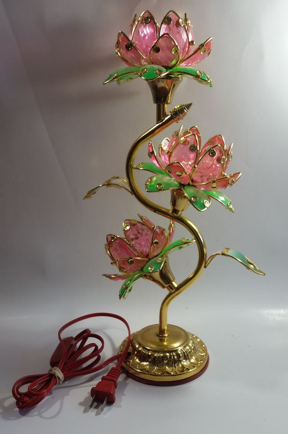 Vintage Pink Lotus Flowers 3 Tiered Hard Plastic Plant Style Table Lamp Not Working Plastic Plants Pink Lotus Vintage Pink