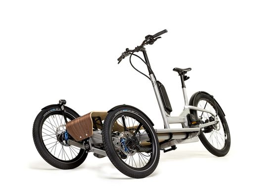 eBike News: Eurobike Innovations, Titling eTrike, Chainless, New Bosch, & More! [VIDEOS