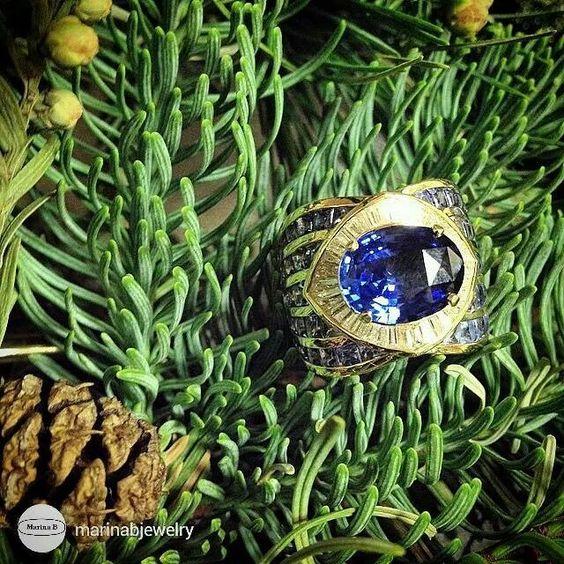 I'm obsessed with this new La Mer ring by @marinabjewelry  #WANTNEEDDESIRECOVET #marinab #ringporn #ringgasm #ringtastic #ringlover #ringconnoisseur #ringenvy #mrsortonsjewelporninstaglam #sparkaliciousfabulosity #jewelgasms #jewelleryporn #jewelleryaddicted #drooltastic