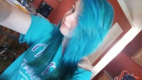 #alternativestyle #alternative #scenehair #indie #scene #grunge #rock #punkrock #dyedhair #blue #atomicturquoise