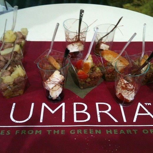 6° edizione Pianeta Eventi Italia Degustazione di vini con abbinamento di cibo, Degustazione delle cantine del territorio Umbro.