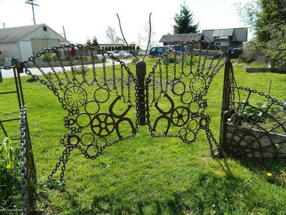 BELLINGHAM DAILY PHOTO: Butterfly Gate