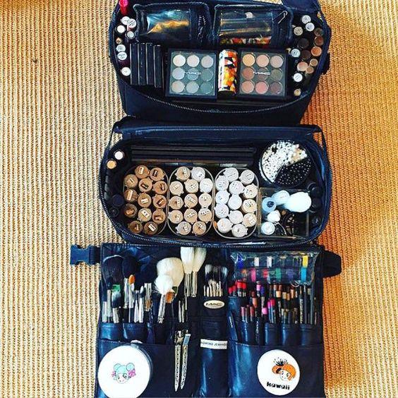 Prepping my kit for #Milan and #Paris #MFW #PFW #makeupartist ##romerojenningsbeauty  #maccosmetics #ss16