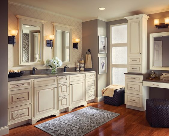 Style and storage abound in this luxurious master bathroom, where a bath accent collection adds extra flair to cabinetry in the bathing and dressing areas.