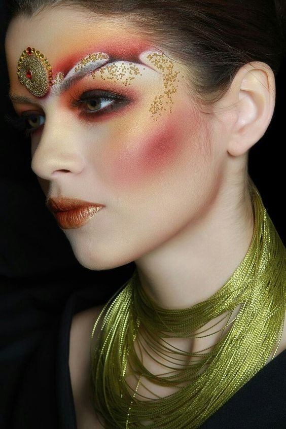 Fantasy make up|| the make up looks like Bodha facials with the jewel