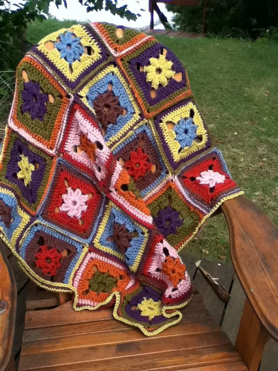 Ravelry: 8-Color Afghan by Lion Brand Yarn