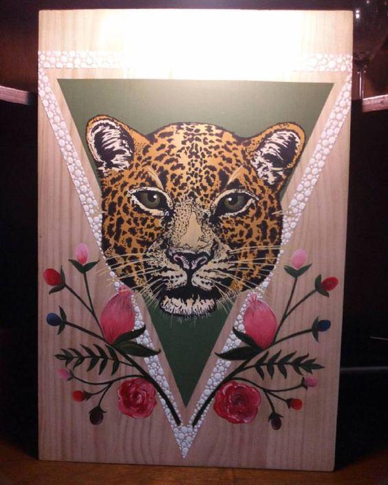 Jaguar colombiano. tecnica mixta sobre pino