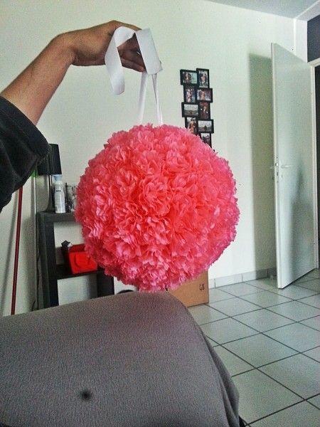 Bonjour a toutes et tous suites a plusieurs demandes voici mon tuto pour mes boules de fleur en - Boule de fleur en papier crepon ...