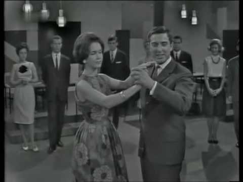 This is my favorite thing ever Tanzen mit dem Ehepaar Fern - Charleston 1965 - YouTube