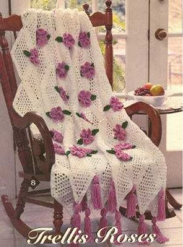 X993 Crochet Pattern : TRELLIS ROSE AFGHAN Love this sweet trellis rose beauty ...