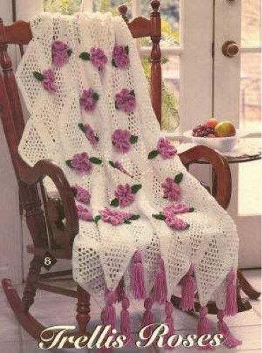 X993 Crochet Pattern : TRELLIS ROSE AFGHAN Love this sweet trellis rose beauty ...