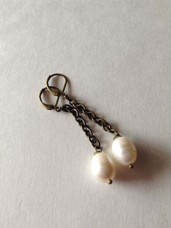 Creamy White Freshwater Pearl Earrings by georgieandjetdesigns